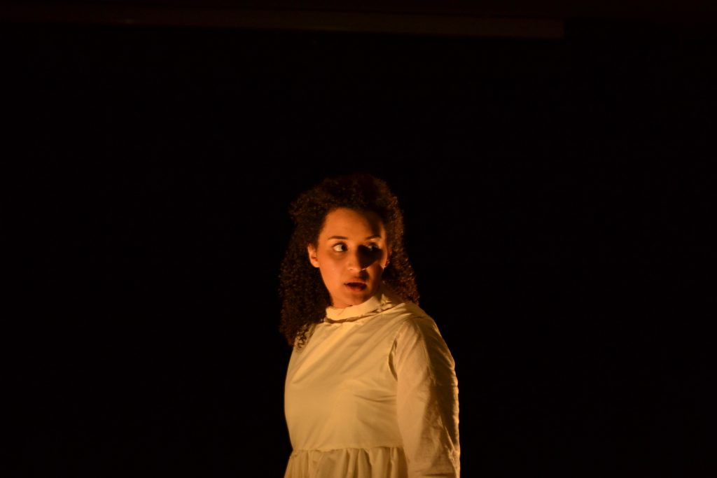 Lea Shaw Performing